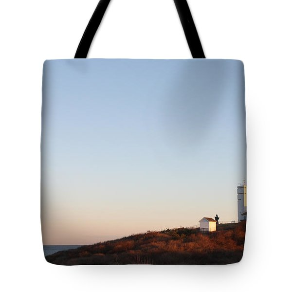 Sunset Over Montauk Lighthouse Tote Bag