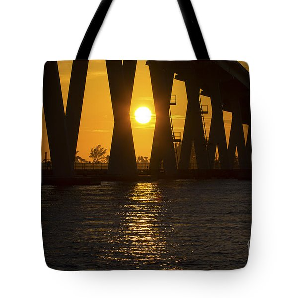 Sunset Over Sanibel Island Photo Tote Bag