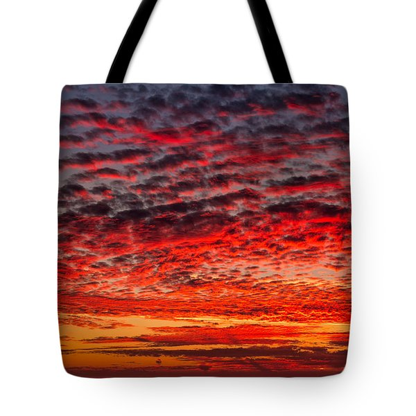Sunset Over Saunder's Reef Tote Bag