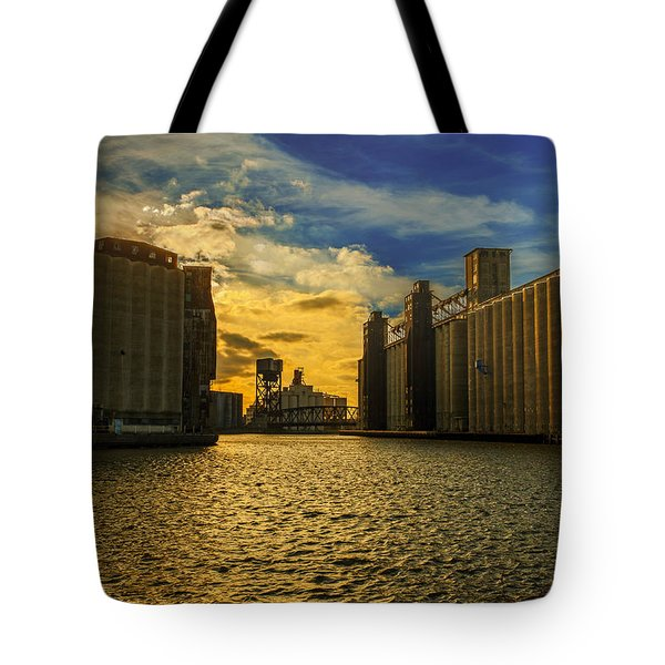 Sunsets On A River Through An Industrial Canyon Tote Bag