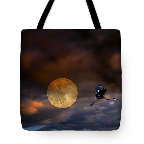 Super Moon 2013 Tote Bag by Angela A Stanton