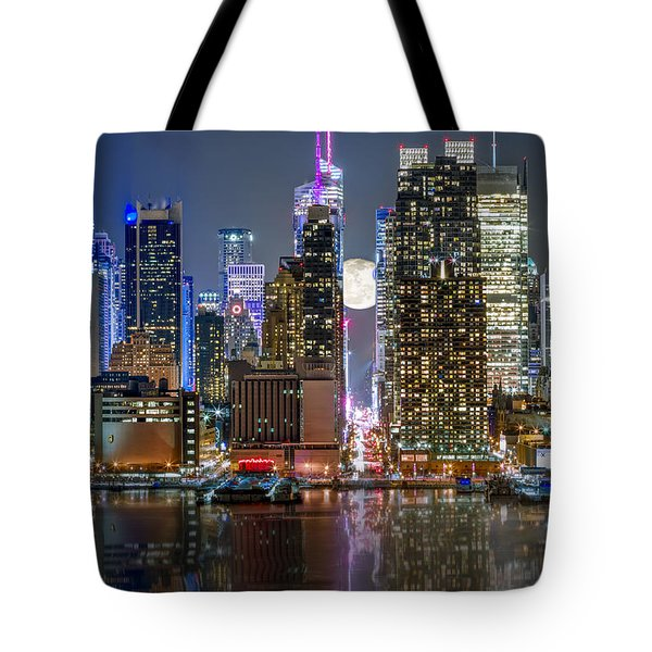 Super Moon At 42nd Street  Tote Bag by Eduard Moldoveanu