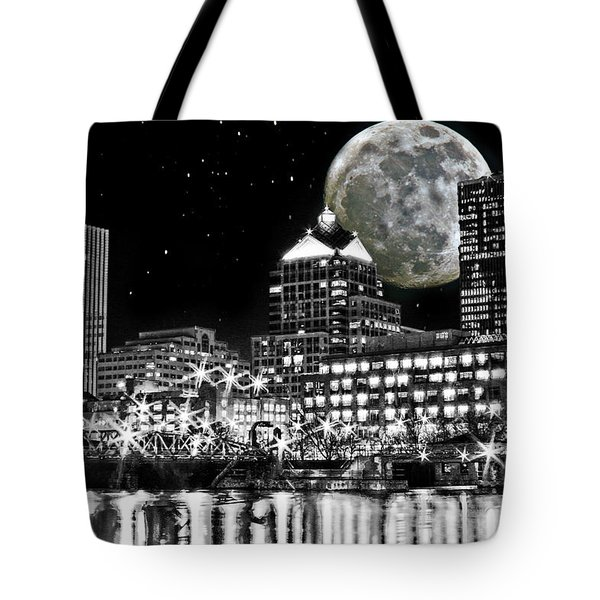 Super Moon Over Rochester Tote Bag by Richard Engelbrecht