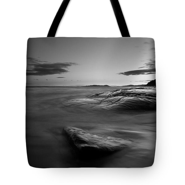 Superior Crescent    Tote Bag