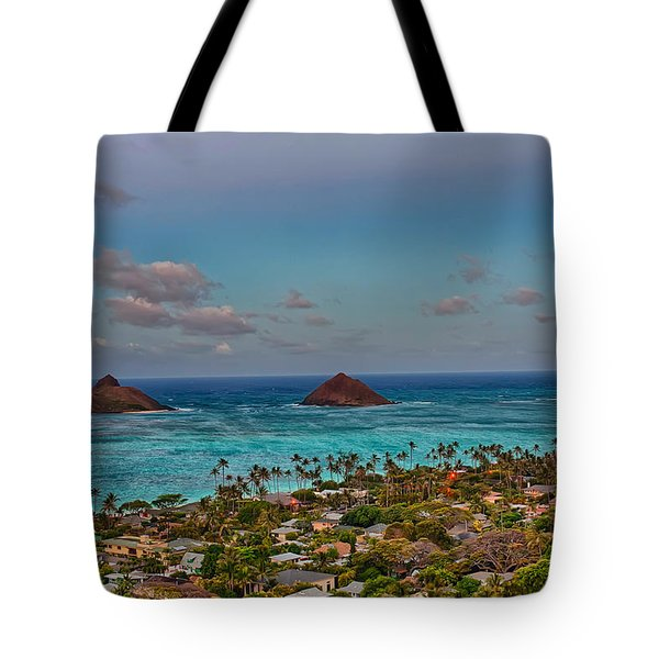Supermoon Moonrise Tote Bag