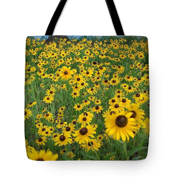 Susans In The Wind Tote Bag