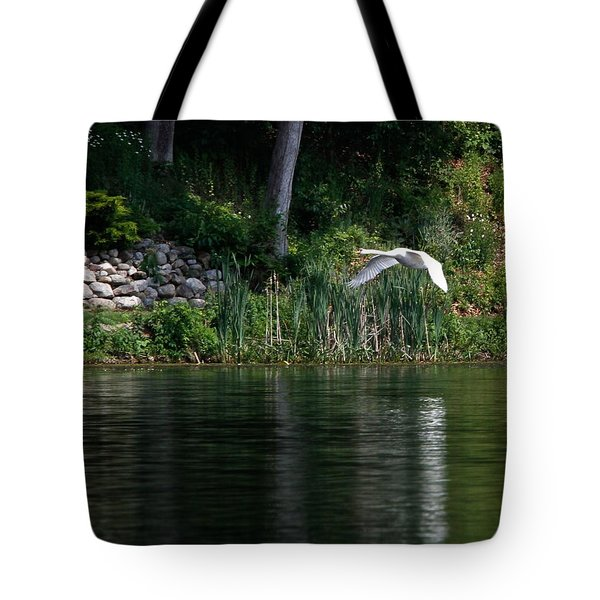 Tote Bag featuring the photograph Swan In Flight by Eleanor Abramson