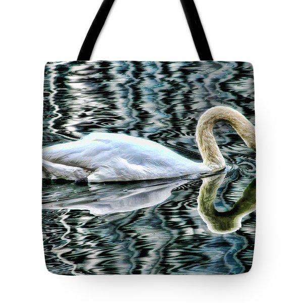 Swan On Lake Eola By Diana Sainz Tote Bag
