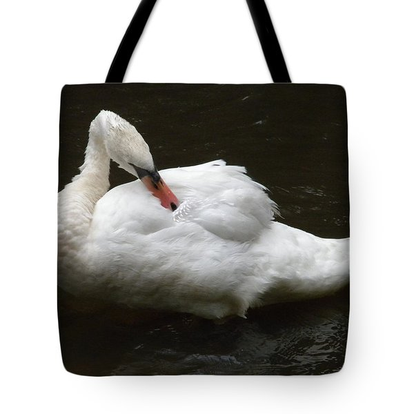Swan One Tote Bag
