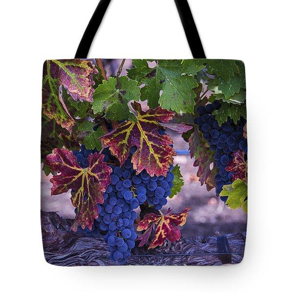 Sweet Wine Grapes Tote Bag
