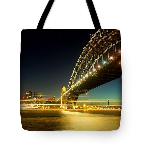 Tote Bag featuring the photograph Sydney Harbour Bridge by Yew Kwang