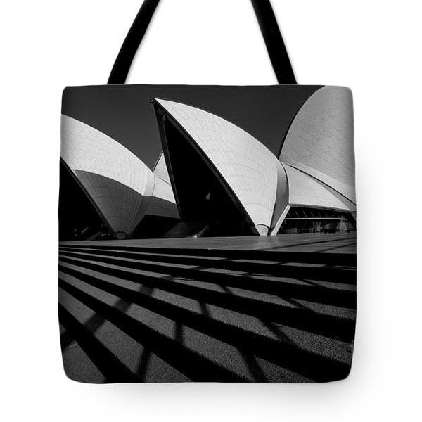 Tote Bag featuring the photograph Sydney Opera House 02 by Yew Kwang