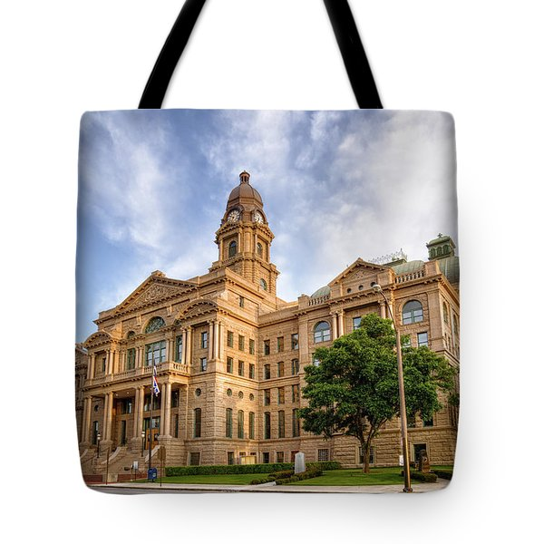 Tarrant County Courthouse II Tote Bag