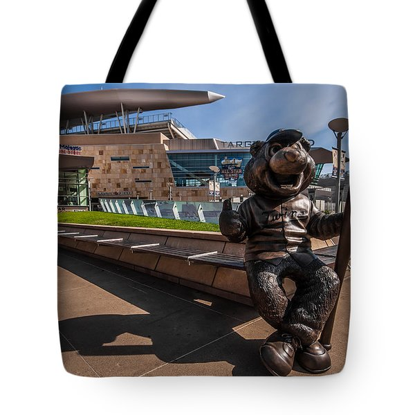 T.c. Statue And Target Field Tote Bag