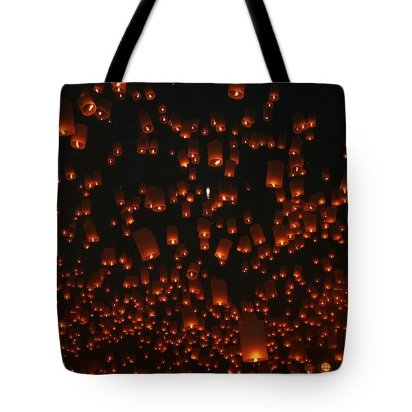 Tote Bag featuring the photograph Ten Thousand Lantern Launch by Nola Lee Kelsey