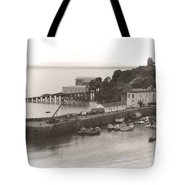 Tenby Harbour And Castle Hill Vignette Tote Bag