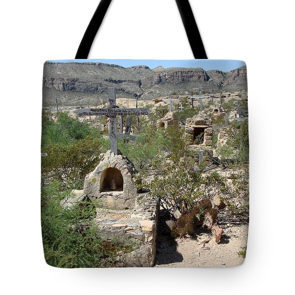 Tote Bag featuring the photograph Terlingua by Linda Cox