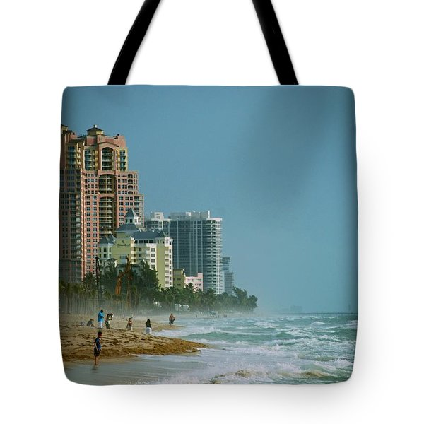 The Beach Near Fort Lauderdale Tote Bag