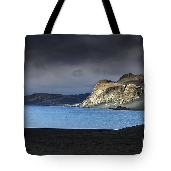 Tote Bag featuring the photograph The Desert by Gunnar Orn Arnason