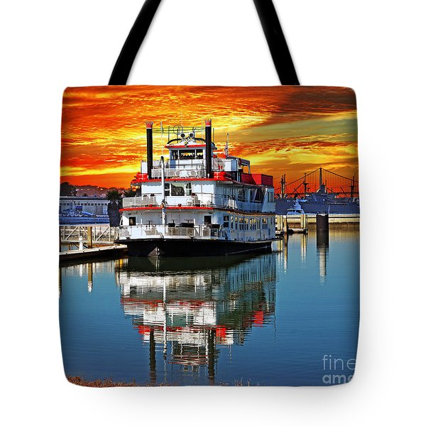 The End Of A Beautiful Day In The San Francisco Bay Tote Bag