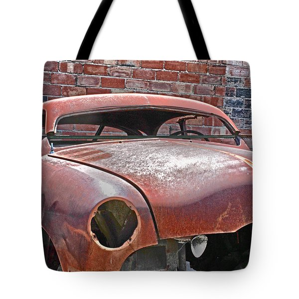 Tote Bag featuring the photograph The Fixer Upper by Lynn Sprowl