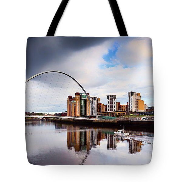The Gateshead Millennium Bridge Tote Bag