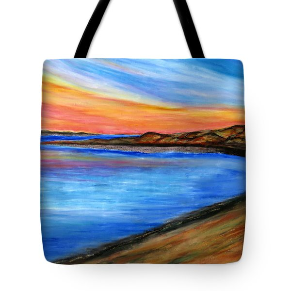 The Horizon Tote Bag