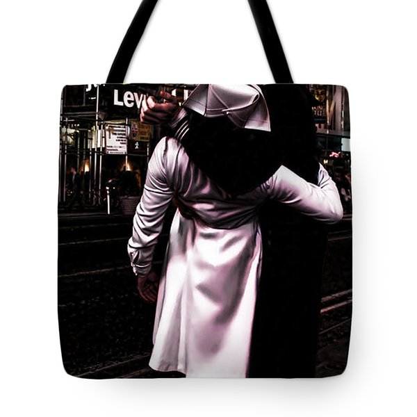 The Kiss In Times Square Tote Bag