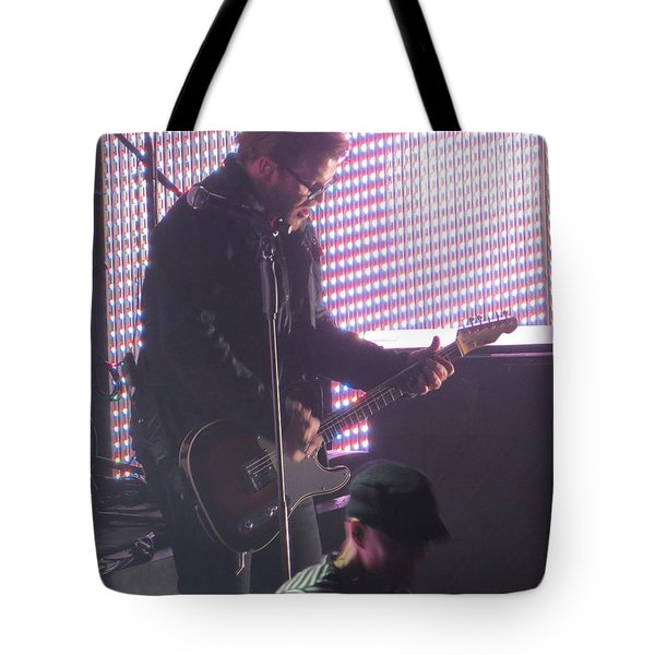 Tote Bag featuring the photograph The Leadsinger Of Newsong by Aaron Martens