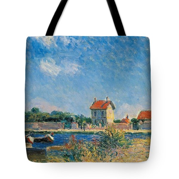 The Loing Canal At Saint-mammes Tote Bag by Alfred Sisley