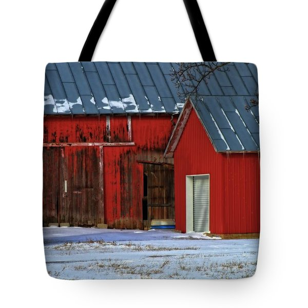 The Old Red Barn In Winter Tote Bag by Dan Sproul