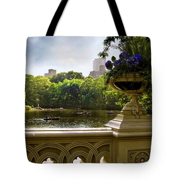 The Park On A Sunday Afternoon Tote Bag