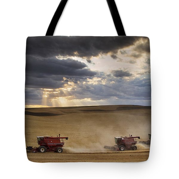 The Race To Finish Tote Bag