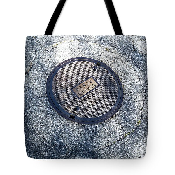 The Ripples Tote Bag by Fei A