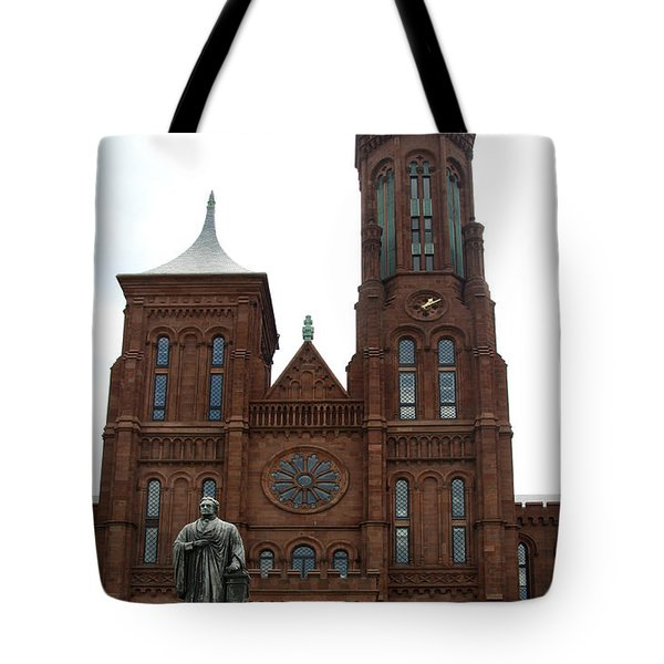 The Smithsonian - Washington Dc Tote Bag by Christiane Schulze Art And Photography