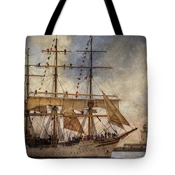 The Sorlandet Tote Bag by Dale Kincaid