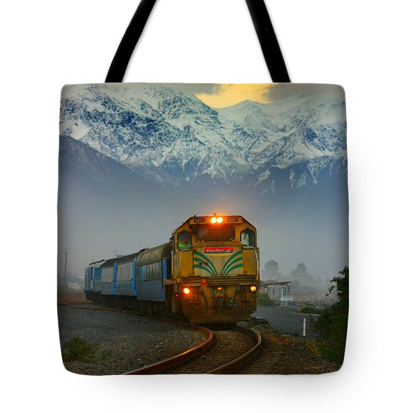 The Southerner Train New Zealand Tote Bag
