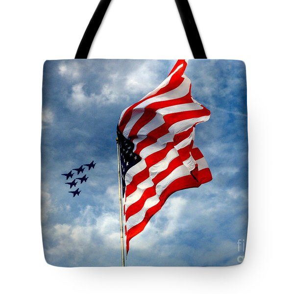 The Star Spangled Banner Yet Waves Tote Bag