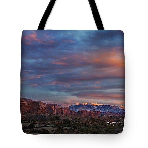 The Sun Sets At Balanced Rock Tote Bag by Roman Kurywczak