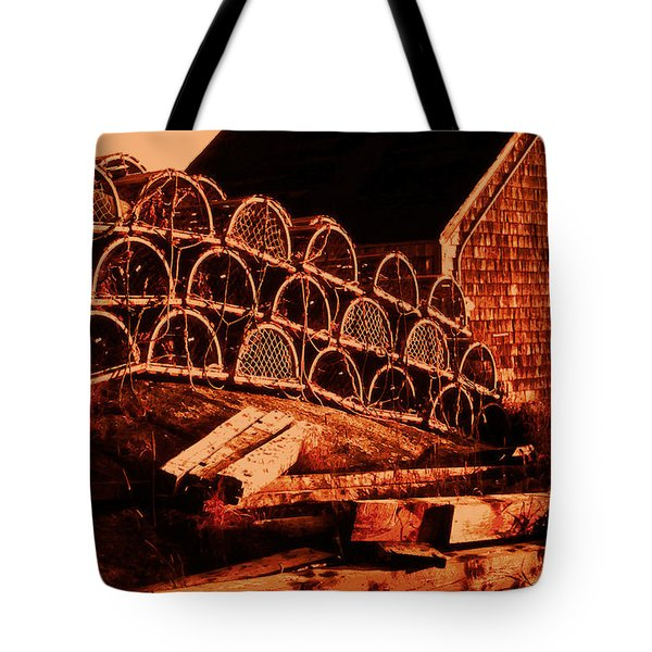The Waiting Traps Tote Bag by Lydia Holly