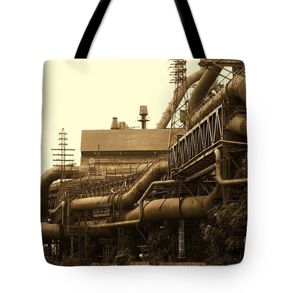 The Worm Passageways Tote Bag