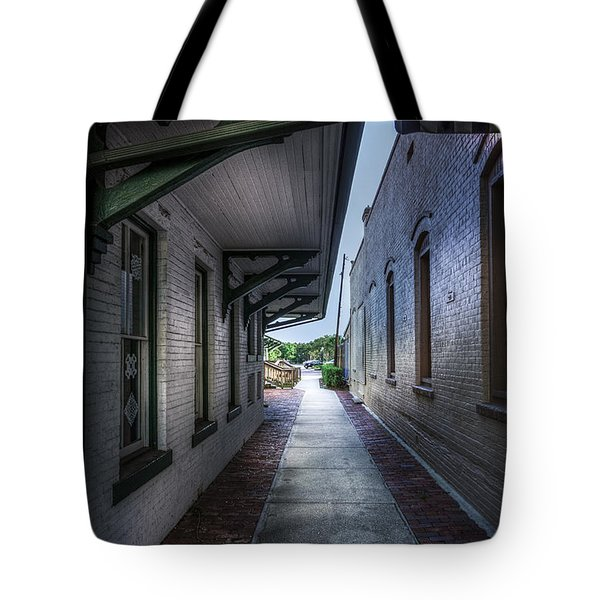 This Way To The Trains Tote Bag by Marvin Spates