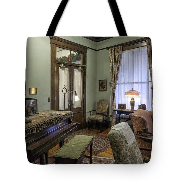 Thomas Center Parlor Tote Bag by Lynn Palmer