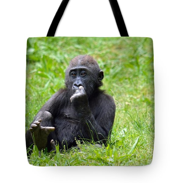 Tote Bag featuring the photograph Thoughts by Lisa L Silva