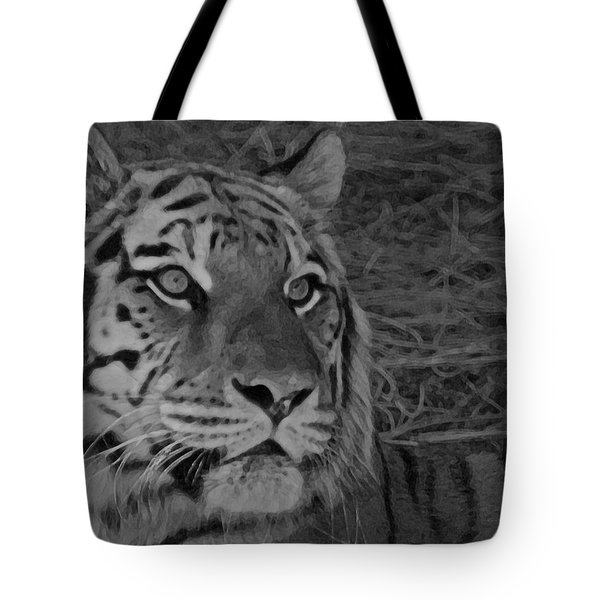 Tiger Bw Tote Bag by Ernie Echols