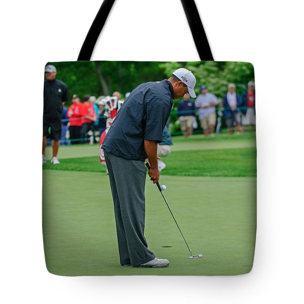 D12w-457 Tiger Woods Tote Bag