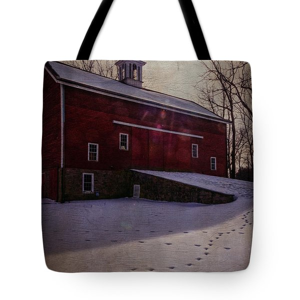 Tote Bag featuring the photograph Tinicum Barn In Winter by Debra Fedchin