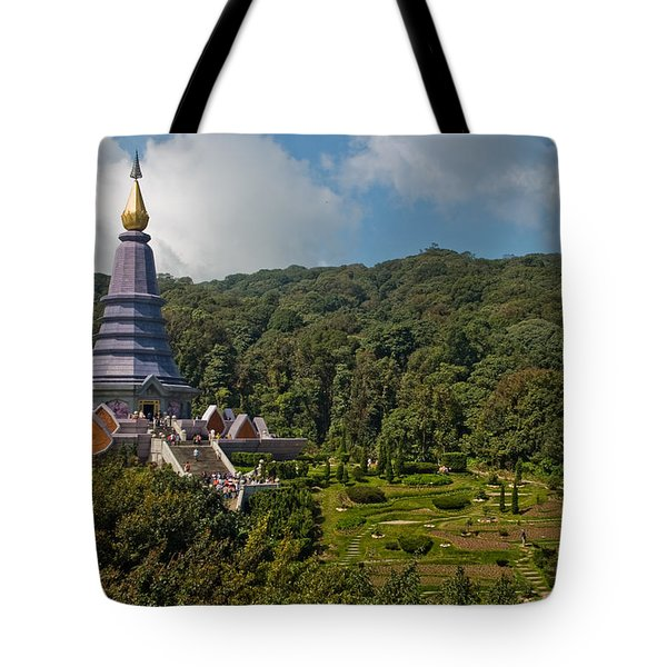 To The King And Queen Tote Bag by Adam Romanowicz
