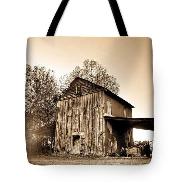 Tobacco Barn In Sunset Tote Bag
