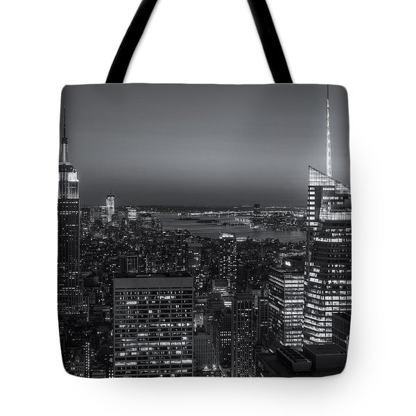 Top Of The Rock Twilight V Tote Bag by Clarence Holmes